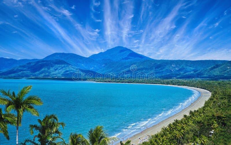 Luftbild von Port Douglas lizenzfreie stockfotos