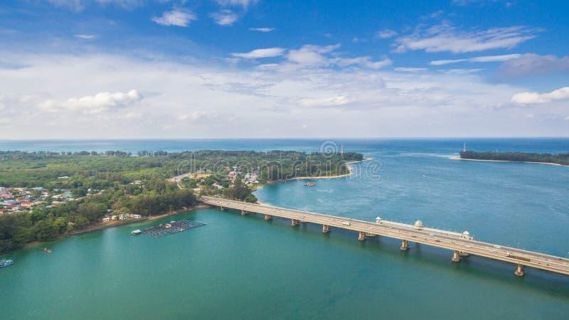 Luftbildfotografie Sarasin-Brücke Phuket stockbild