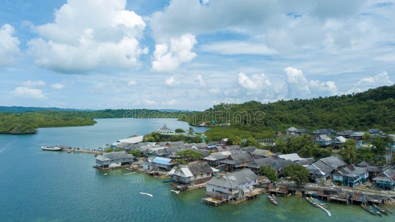 Luftbildfotografie von Bajo-Dörfern lizenzfreie stockfotografie