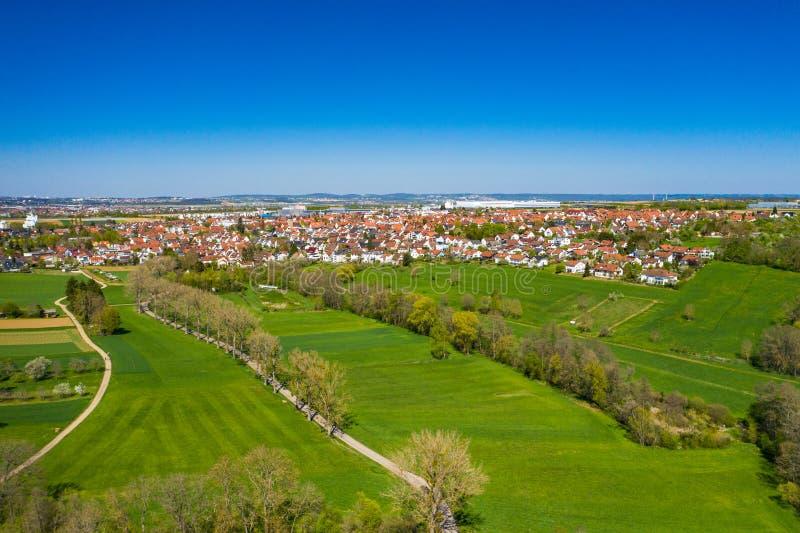 Luftblick auf das Dorf Bonlanden in Deutschland lizenzfreie stockfotos