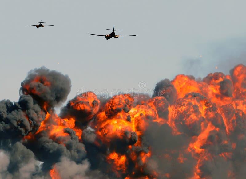 Luftbombardierung stockbild