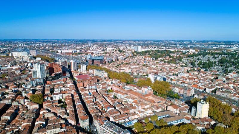 Luftfoto des Toulouse-Stadtzentrums stockbilder