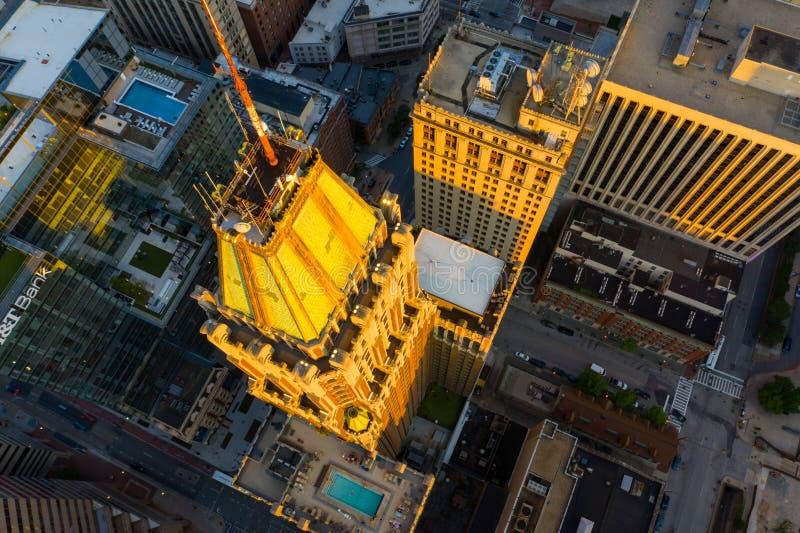 Luftfoto 10 heller Straßen-Turmmietwohnungen Baltimore MD lizenzfreie stockfotografie