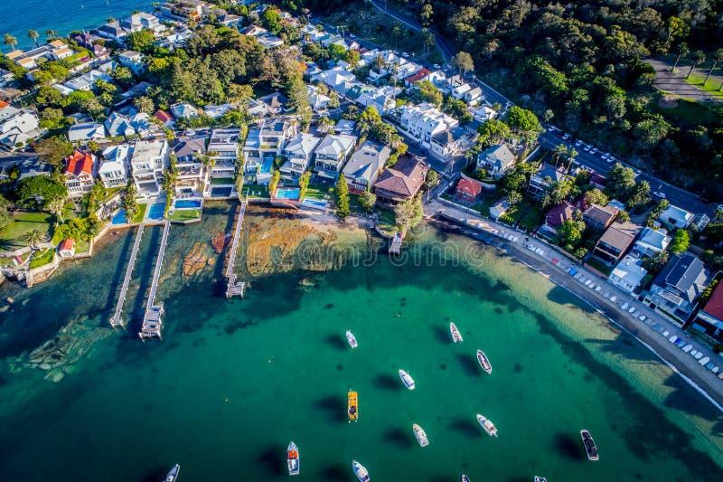 Luftfoto von Sydney - Watsons-Buchtboote beherbergten lizenzfreie stockfotografie