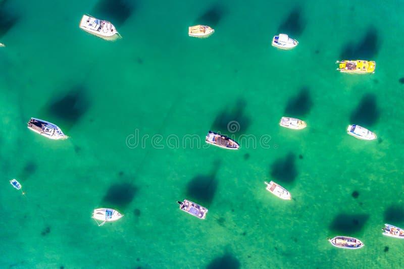 Luftfoto von Sydney - Watsons-Buchtboote beherbergten stockfotografie