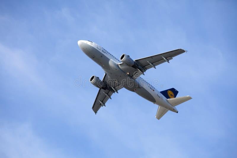 Lufthansa Airbus A319-100 Immagine Stock Editoriale