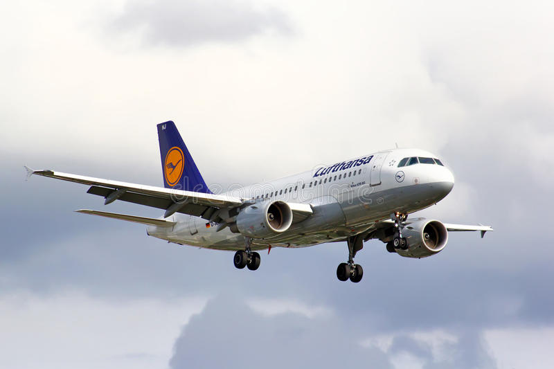 Lufthansa Airbus A319. BERLIN, GERMANY - AUGUST 17, 2014: Lufthansa Airbus A319 arrives to the Tegel International Airport royalty free stock photos