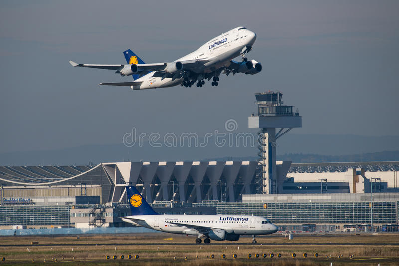 Lufthansa Boeing 747 royalty-vrije stock afbeeldingen