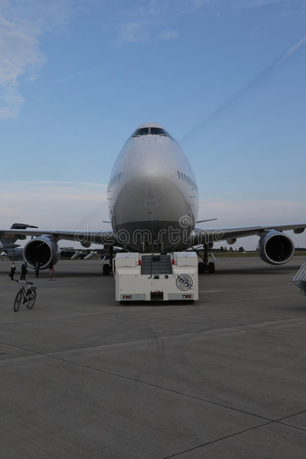 Download Lufthansa Boing 747-8 Brandenburg Editorial Photo - Image: 26614386