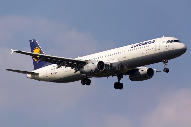 Lufthansa-Luchtbus A321 royalty-vrije stock foto