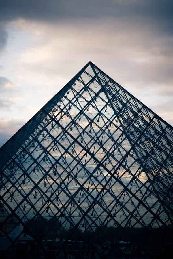 Luftschlitz-Pyramide lizenzfreie stockfotos