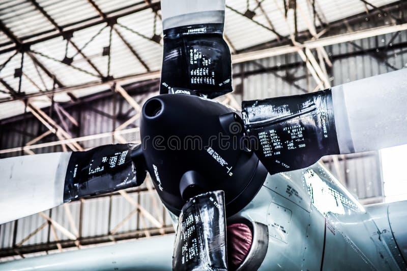 Luftschraubenmaschine des Zwillings C130 stockfotografie