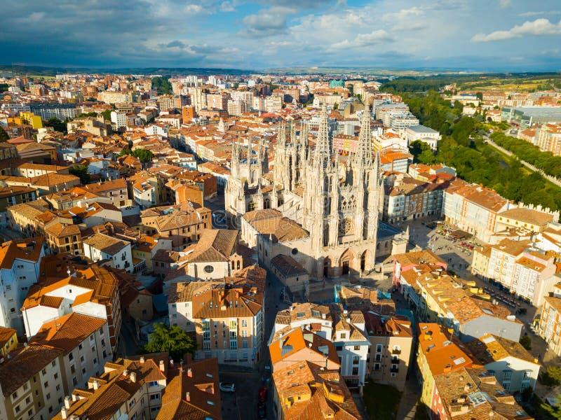 Luftsicht auf die Kathedrale von Burgos. Kastilien y Leon. spanien stockfotografie