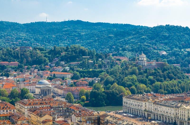 Luftspitzenpanoramablick der historischen Mitte Stadt Turins Torino lizenzfreie stockfotos