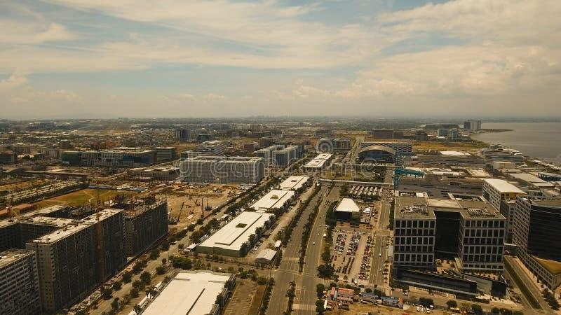 Luftstadt mit Wolkenkratzern und Gebäuden Philippinen, Manila, Makati stockfotografie