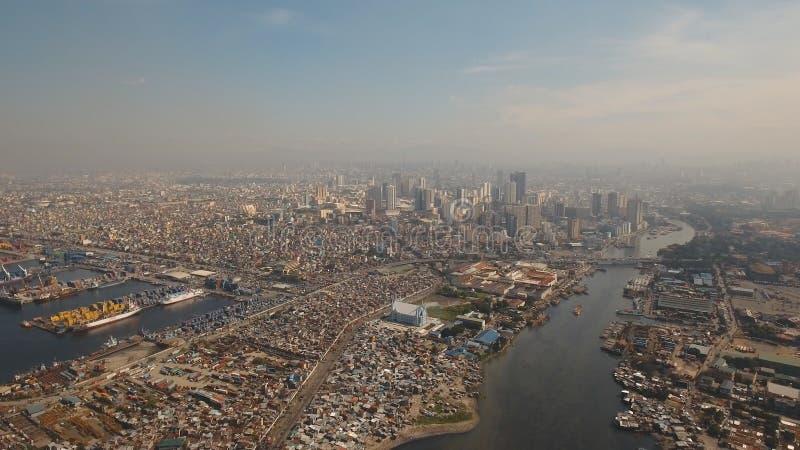 Luftstadt mit Wolkenkratzern und Gebäuden Philippinen, Manila, Makati lizenzfreie stockbilder