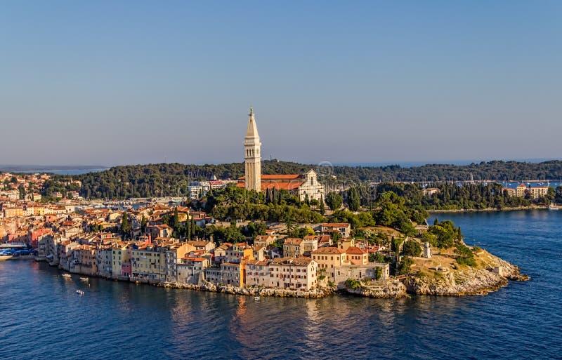 Lufttrieb von Rovinj, Kroatien stockbild