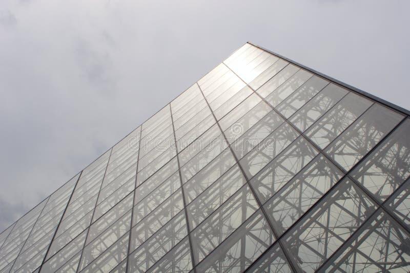 luftventilparis pyramid arkivfoton