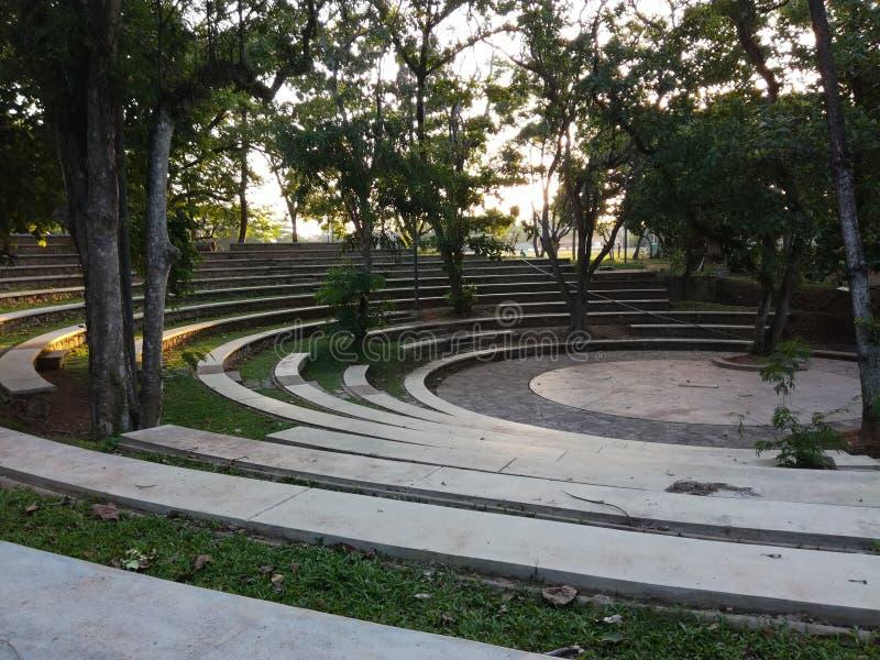 Lugar artificial al entretenimiento con músicas y dramas imagen de archivo