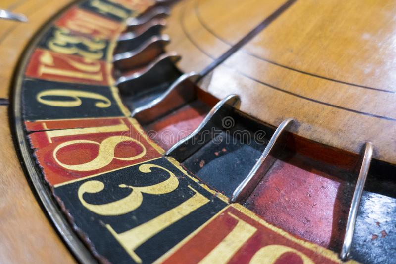 Lugar da roda da rotação seus números do jogo das apostas fotos de stock royalty free