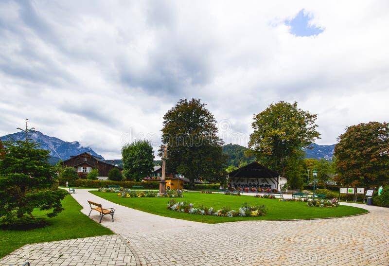 lugar da vila de Altaussee, Áustria fotografia de stock