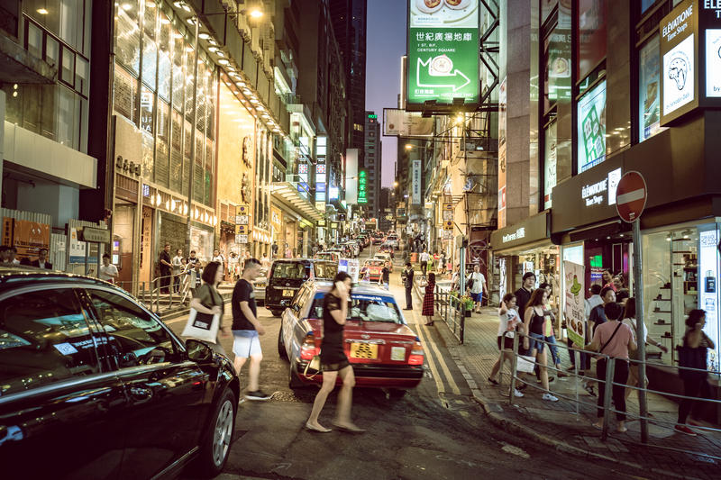 Lugar de Hong Kong Famous Nightlife - Lan Kwai Fong imagem de stock royalty free