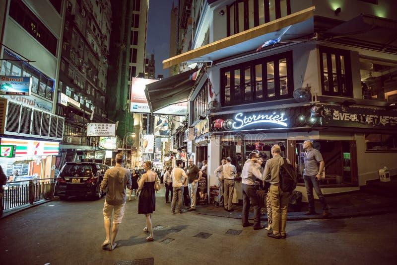 Lugar de Hong Kong Famous Nightlife - Lan Kwai Fong foto de stock royalty free