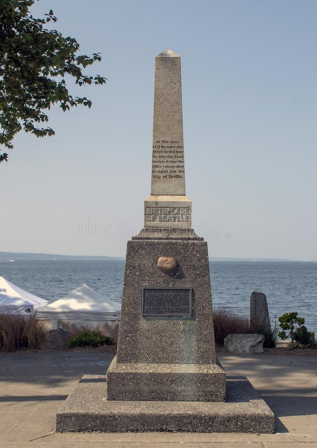 Lugar de nacimiento del monumento de Seattle, Alki Beach, Seattle, Washington imagenes de archivo