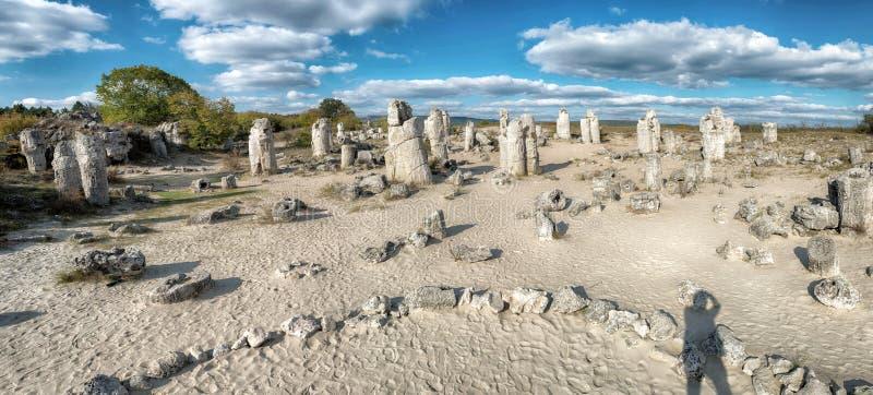 Lugar de piedra cerca de la ciudad de Varna imagen de archivo libre de regalías