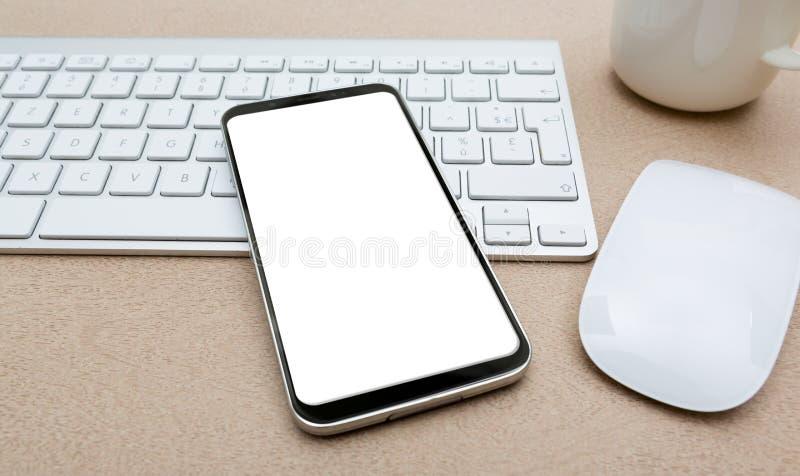 Lugar de trabajo con la maqueta moderna del teléfono móvil ilustración del vector