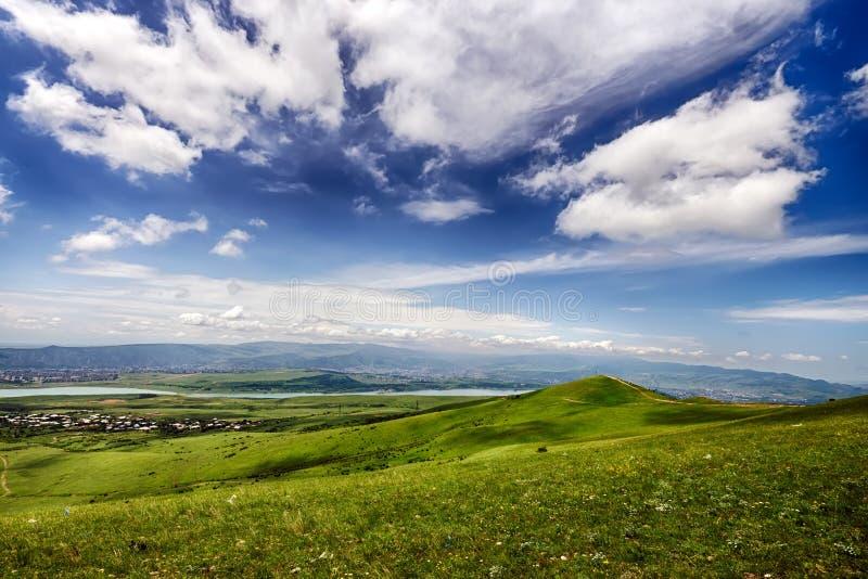 Lugar del Paragliding cerca del mar de Tbilisi, Georgia foto de archivo libre de regalías