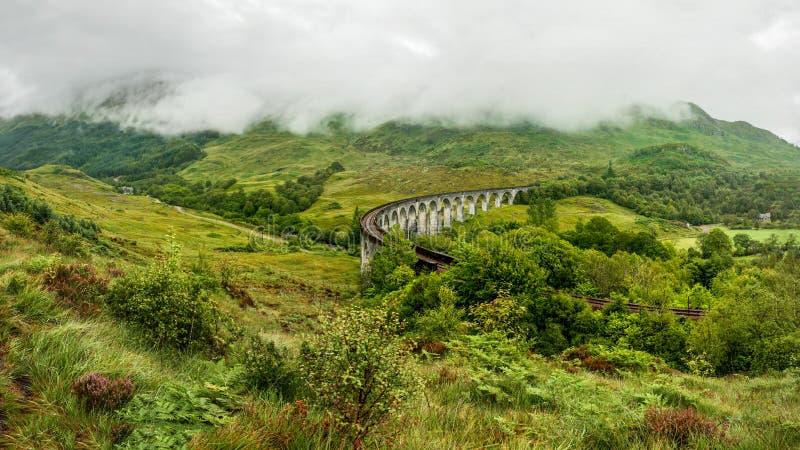 Lugar railway do viaduto de Glenfinnan do filme de Harry Potter foto de stock royalty free