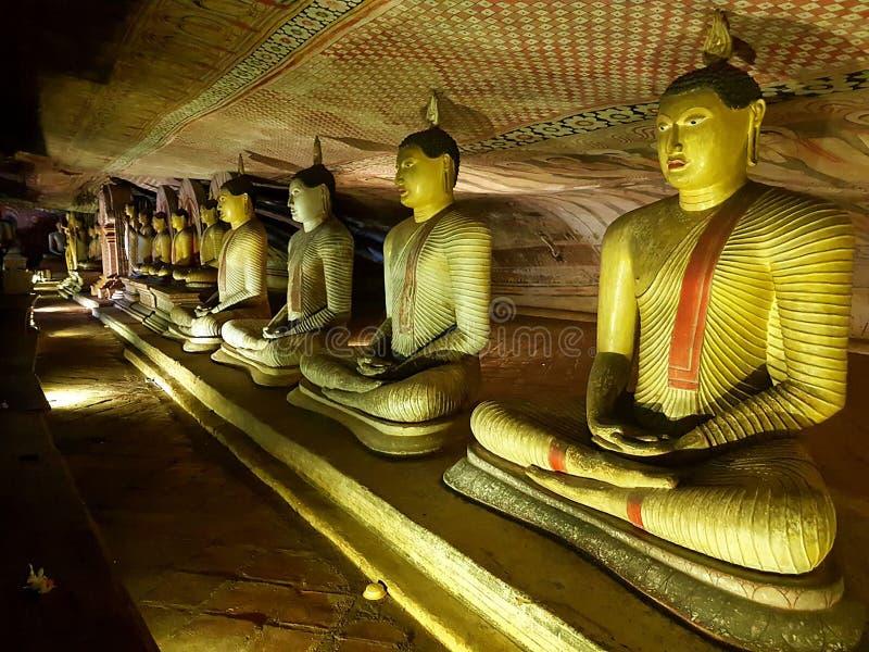 Lugares da religião do budismo do lanaka de Sri fotografia de stock royalty free