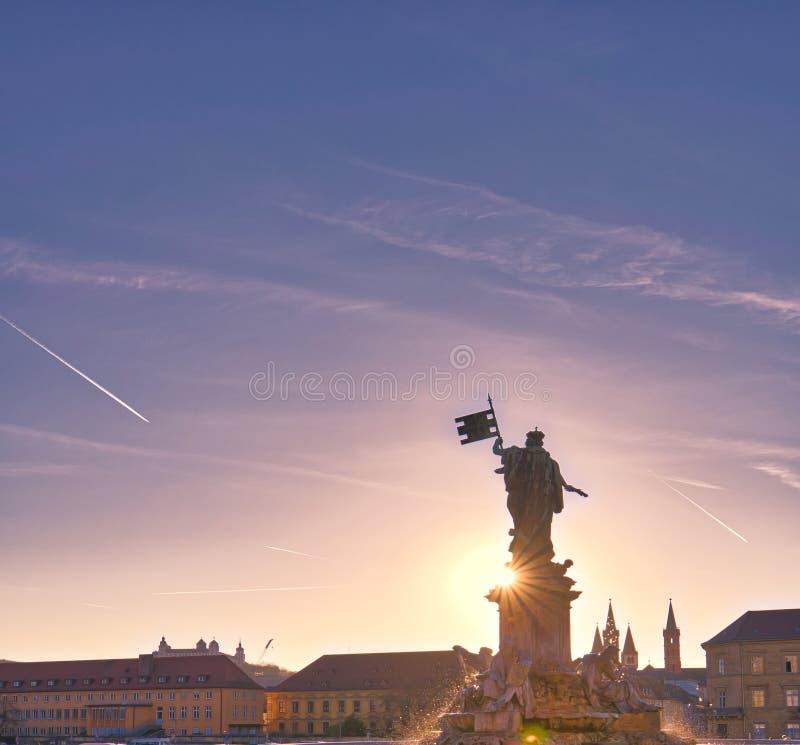 Lugares, edificios y arquitecturas hermosos de Wurzburg, de Alemania y de Europa fotografía de archivo