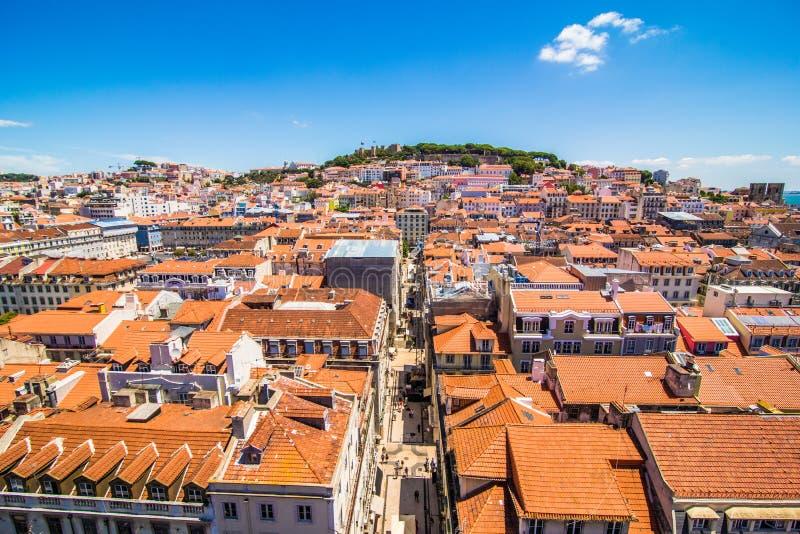 10 luglio 2017 - Lisbona, Portogallo Vista panoramica di Lisbona nel bello tramonto portugal fotografie stock