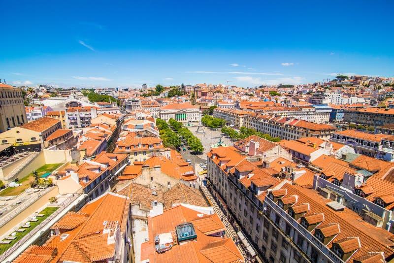 10 luglio 2017 - Lisbona, Portogallo Vista panoramica di Lisbona nel bello tramonto portugal fotografia stock libera da diritti