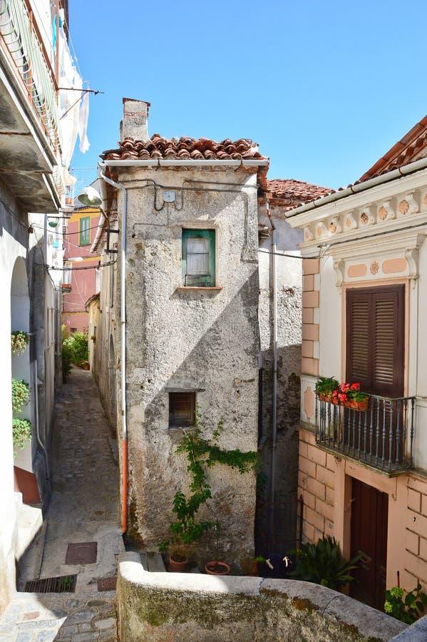 Lugnen av byn av Rivello, i den Basilicata regionen arkivfoto