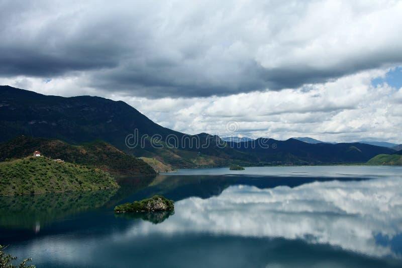 Lugu jezioro, Lijiang, Yunnan, Chiny obraz royalty free
