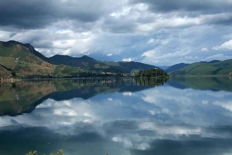 Lugu jezioro, Lijiang, Yunnan, Chiny fotografia royalty free