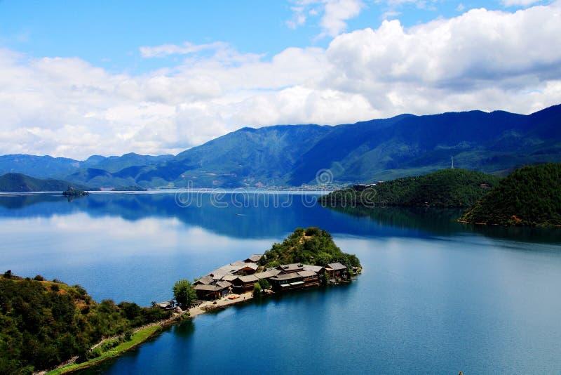 Lugu jezioro perła plateau fotografia stock