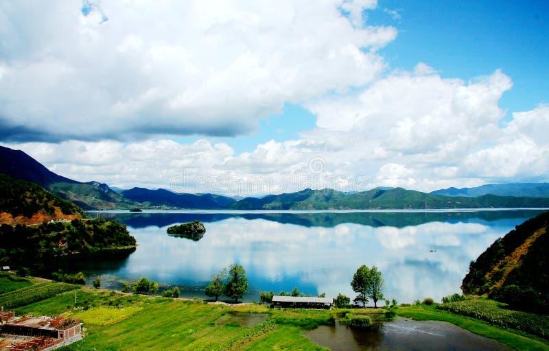 Lugu jezioro perła plateau zdjęcia royalty free