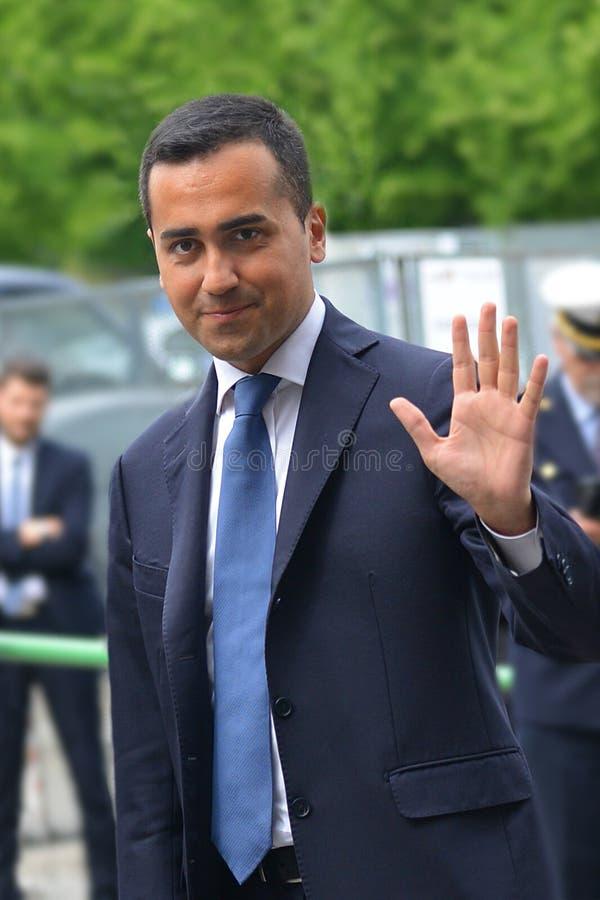Luigi Di Maio kandidat av rörelsen för 5 stjärna till premiärministern i riksdagsvaldagen royaltyfria foton