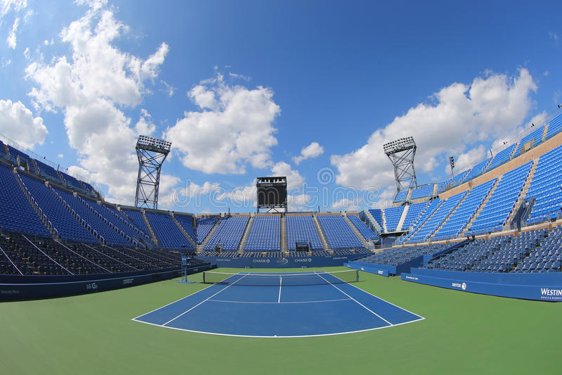Luis Armstrong Stadium em Billie Jean King National Tennis Center durante o competiam 2014 do US Open imagem de stock royalty free