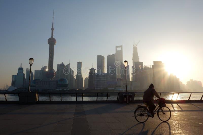 Lujiazui di Shanghai ad alba immagini stock libere da diritti