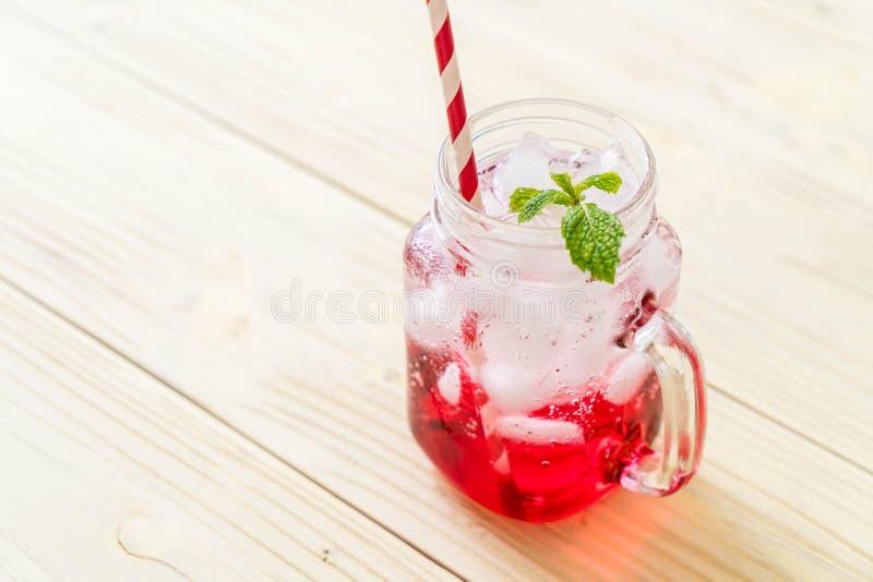 Lukrowa truskawkowa soda zdjęcia stock