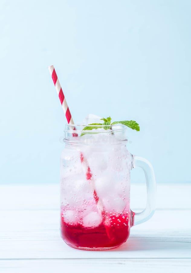 Lukrowa truskawkowa soda obrazy stock