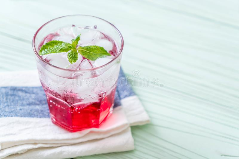 Lukrowa truskawkowa soda zdjęcie royalty free