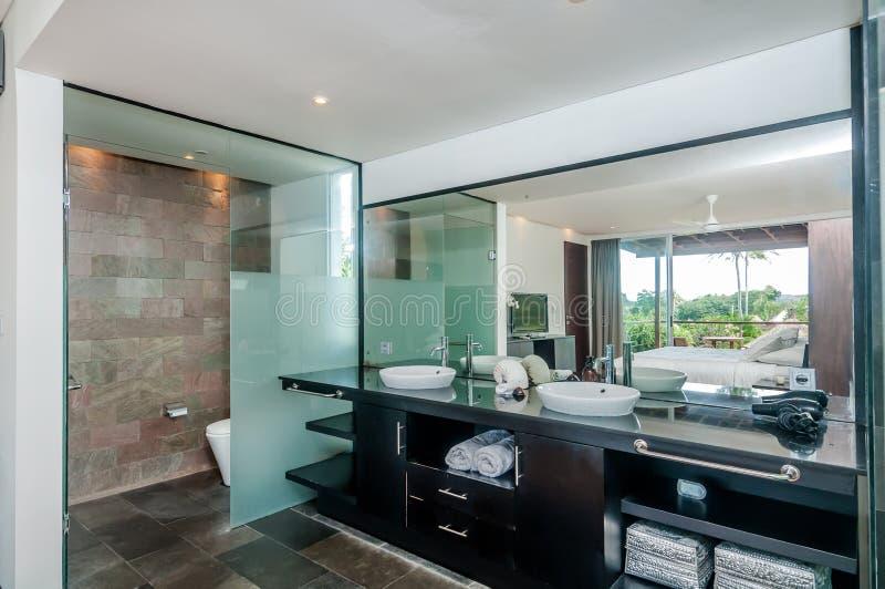 Luksusowa i Czysta łazienka fotografia stock