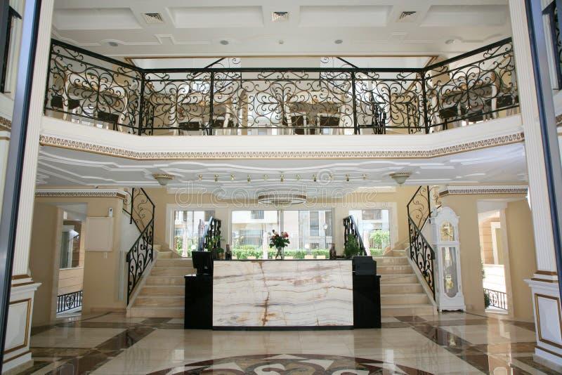 Luksusowego hotelu wnętrze obrazy stock