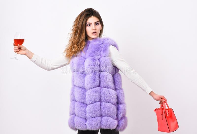 Luksusowego sklepu pojęcie Dama lubi robić zakupy Elita moda odziewa Projektant odzieży mody luksusowy butik Kobieta z obraz royalty free